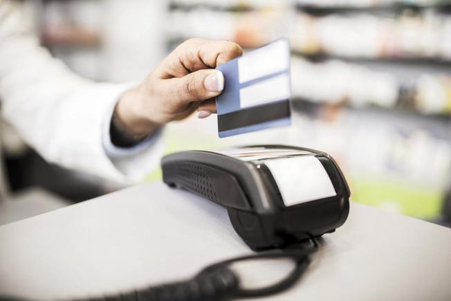 The reason why Make use of Charge cards to begin Your online business